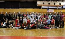 V Bardejove sa uskutočnil 3. volejbalový turnaj starších žiačok VEA CUP 2020