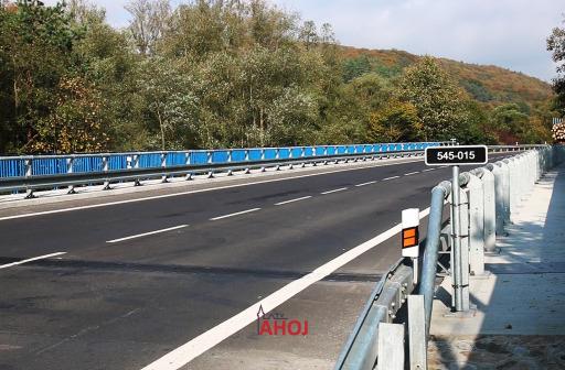 Úsek cesty medzi Sveržovom a Tarnovom prejde rekonštrukciou