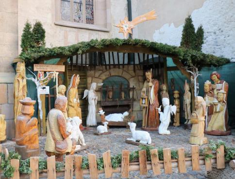 Centrum Prešova už zdobí drevený Betlehem