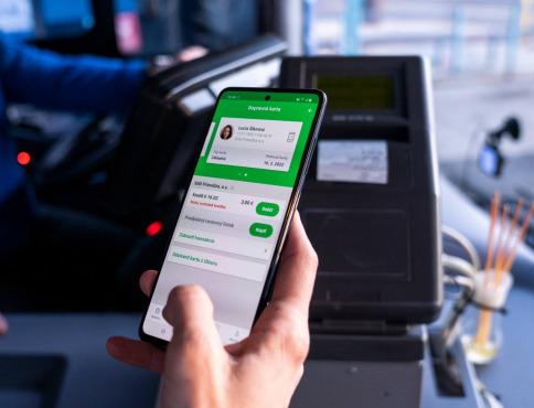 V prímestskej doprave na východe Slovenska zaplatíte už aj mobilom