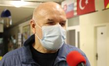 Július Zbyňovský nie je spokojný s polovicou zaočkovaných
